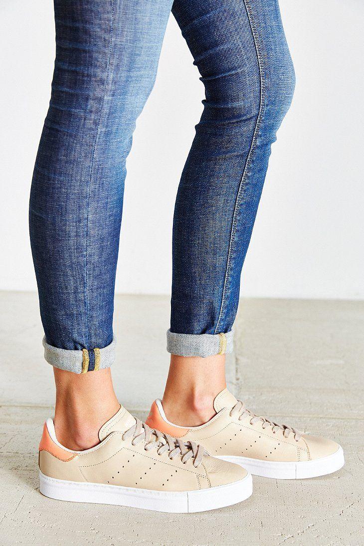 adidas originali stan smith, te urban outfitters e scarpe da ginnastica