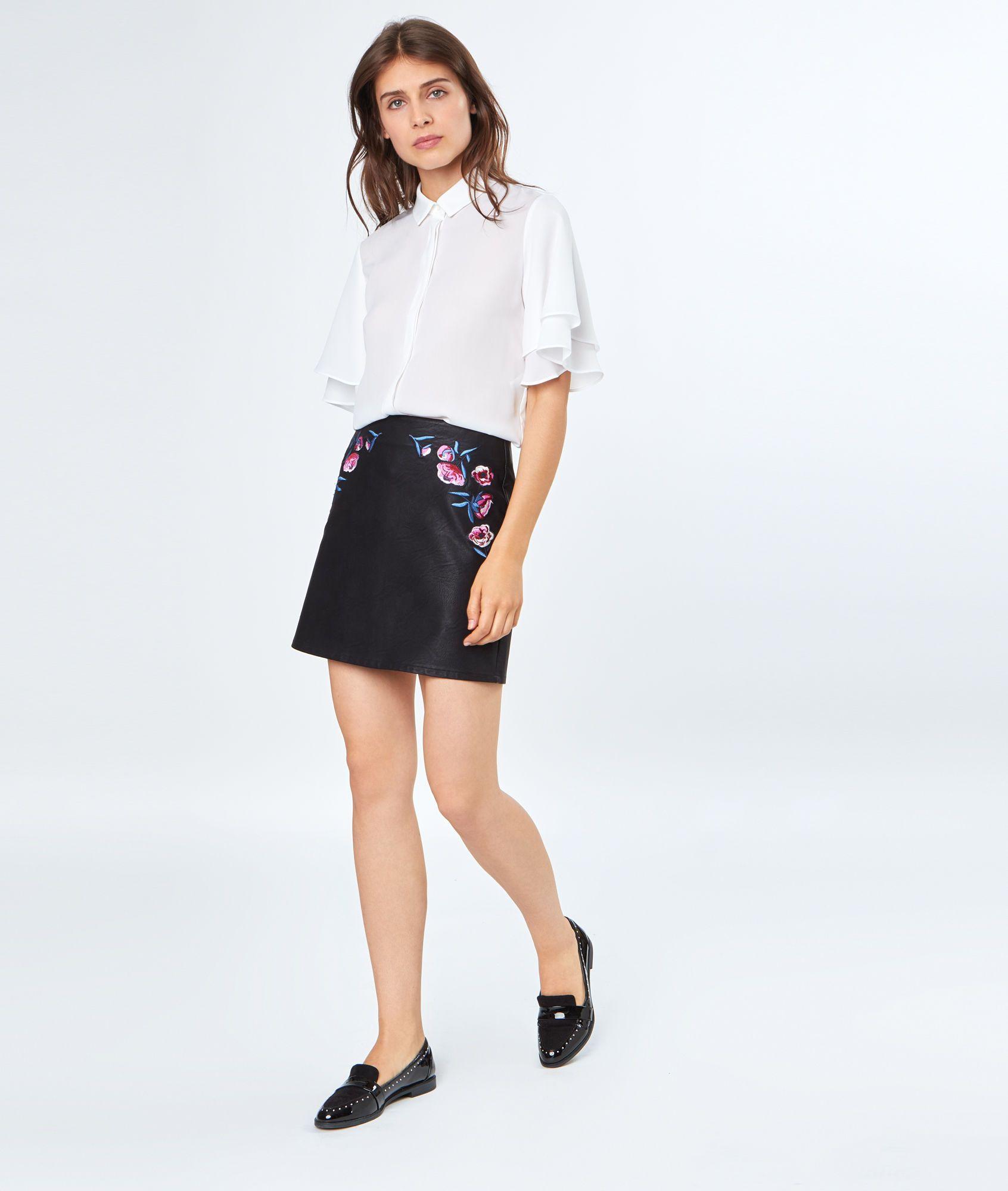 Minijupe fleurs brodées Mode, Mini jupe, Jupe