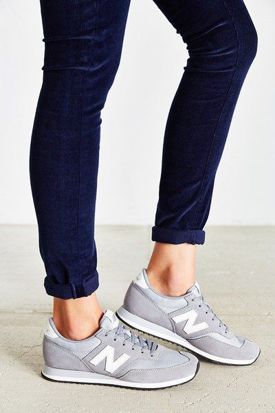 ladies new balance sneakers
