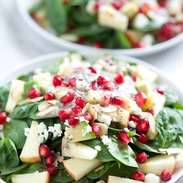ıspanak salatası!   daha fazlası için instagram : yemek101