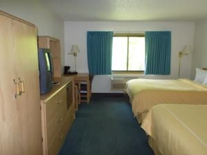 Boarders Inn Suites By Cobblestone Hotels Ripon Wi United States