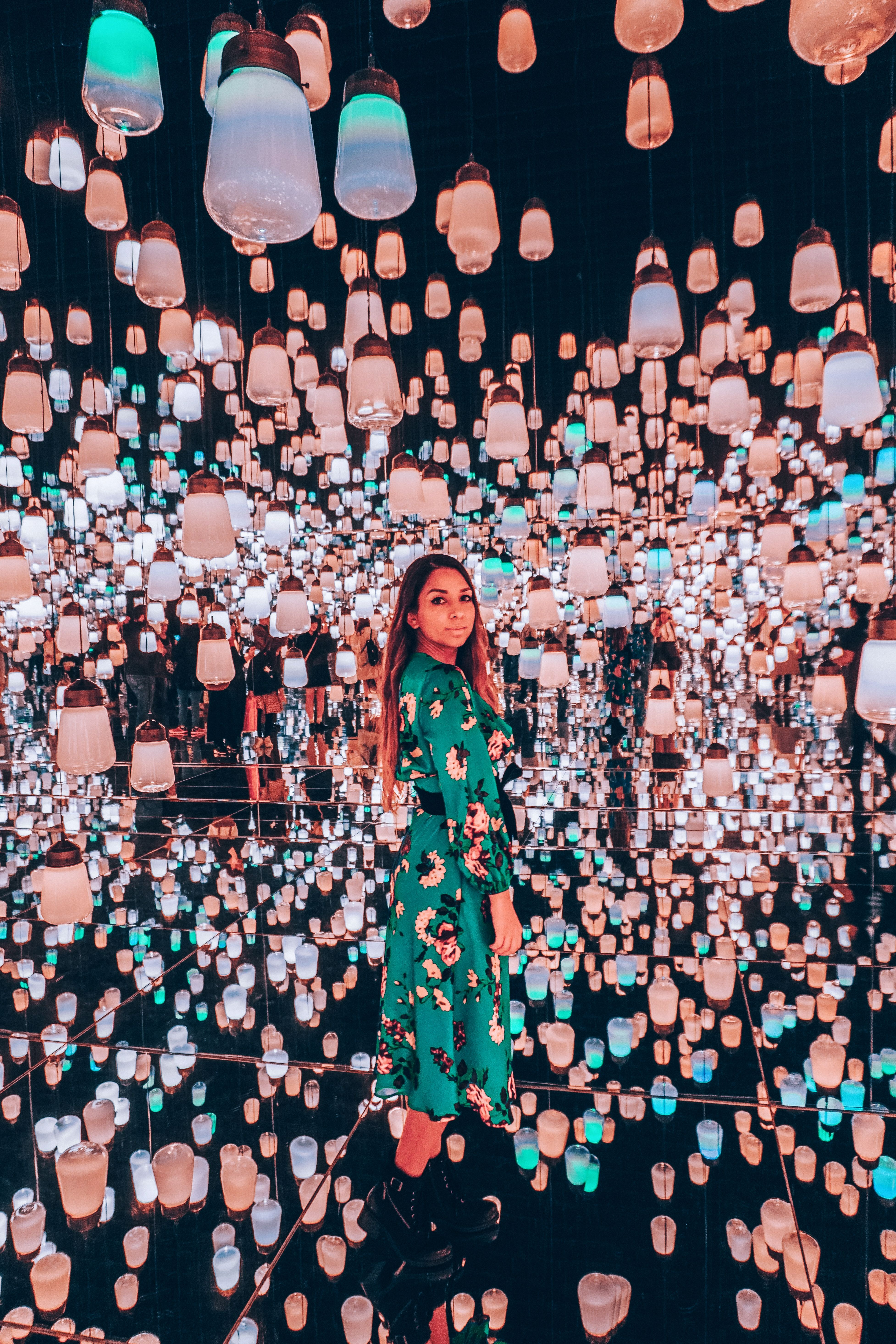 Forest Of Resonating Lamps Teamlab Tokyo In 2020 Lamp Forest Tokyo