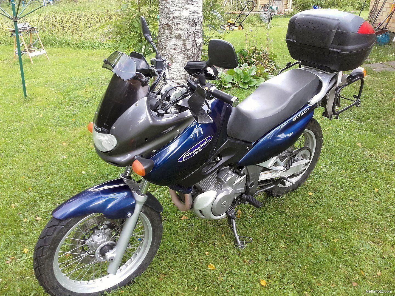 Suzuki XF 650 FREEWIND 1999 - Fiche moto - Motoplanete