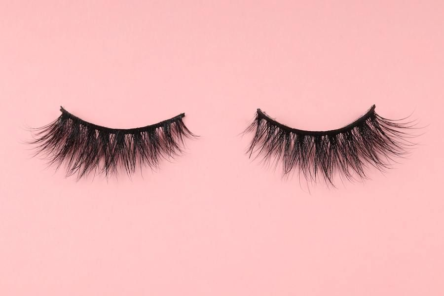 eb42946d135 Handcrafted luxury cruelty-free false crisscross lashes