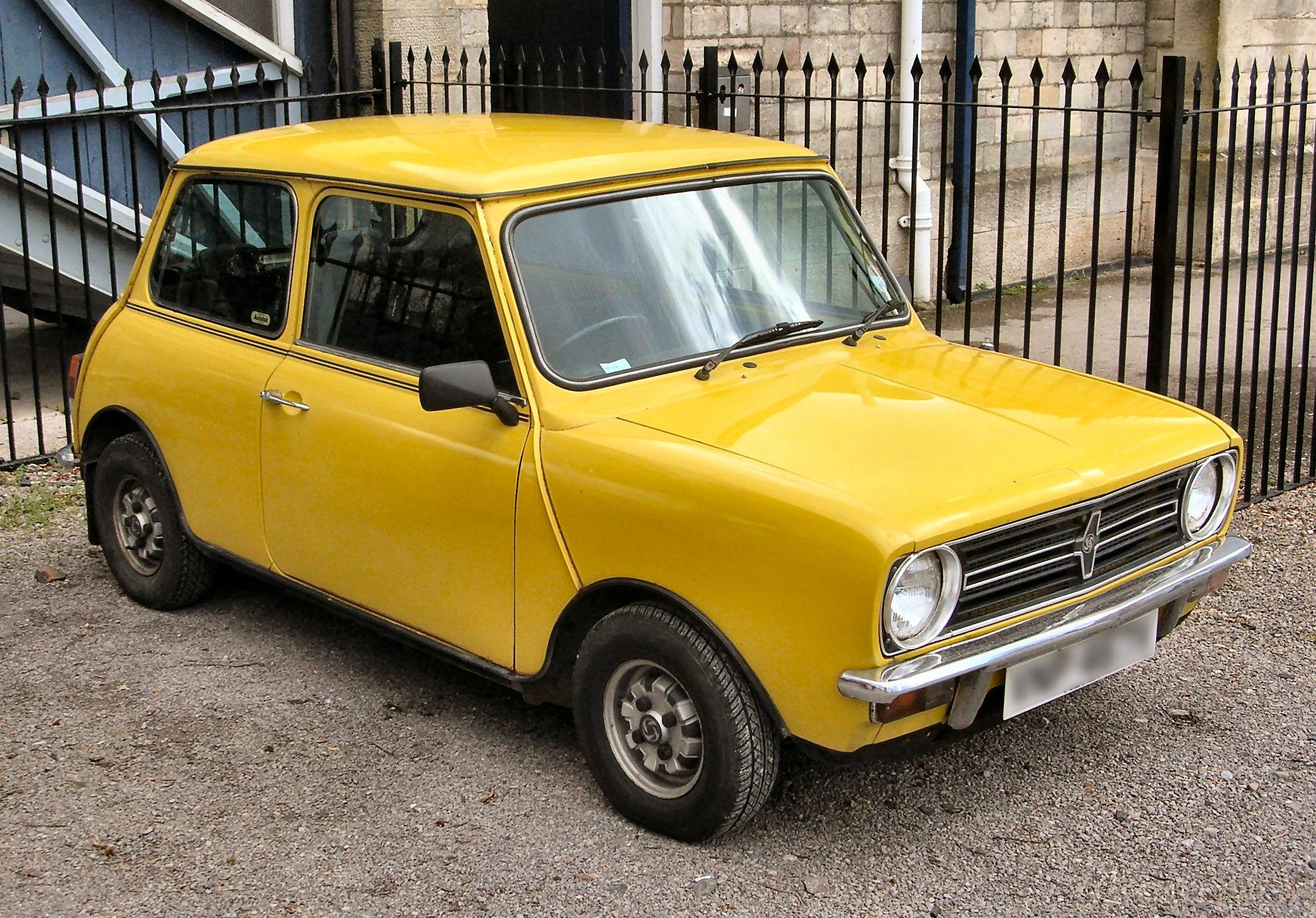 Positive Earth Gimme Gimme Good Lovin Mini Clubman Clubman Classic Cars British