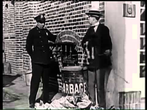 A LUCKY DOG 1921 STAN LAUREL & OLIVER HARDY