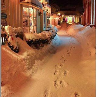 ❄️✨❄️✨❄️ #christmas #merrychristmas #christmastree #christmastime #snow
