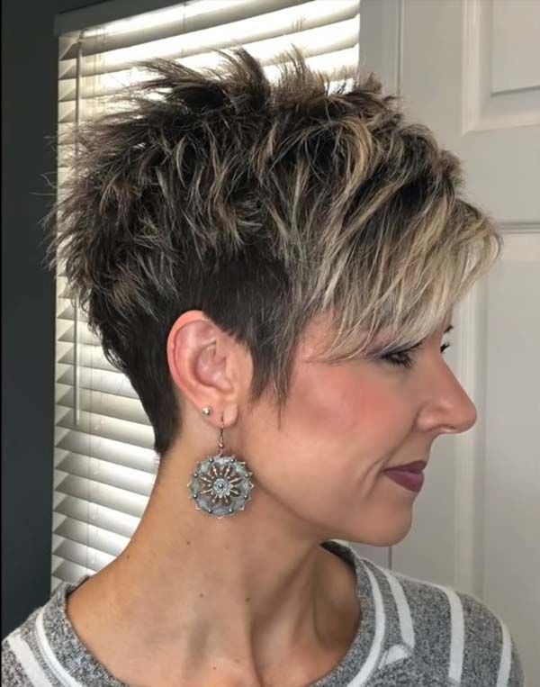 Short Pixie Hairstyles for Mature Women 2021