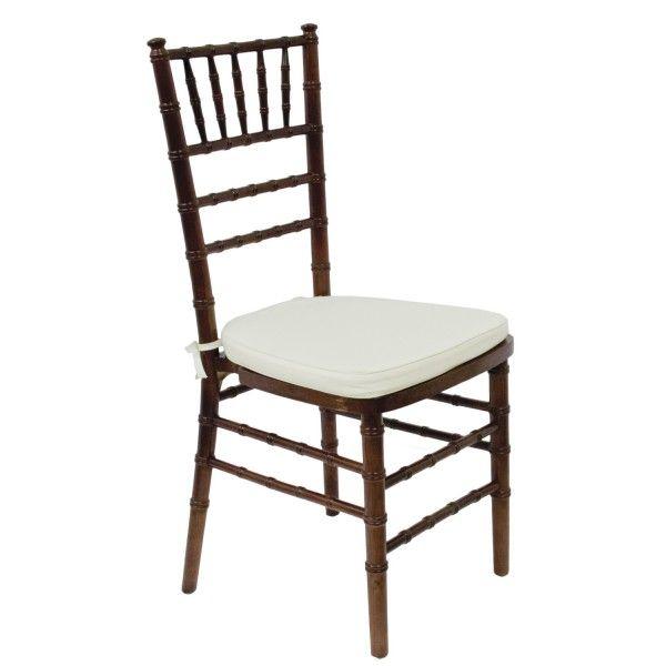 Sedia chiavarina legno scuro noleggio nel for Decorare sedia legno