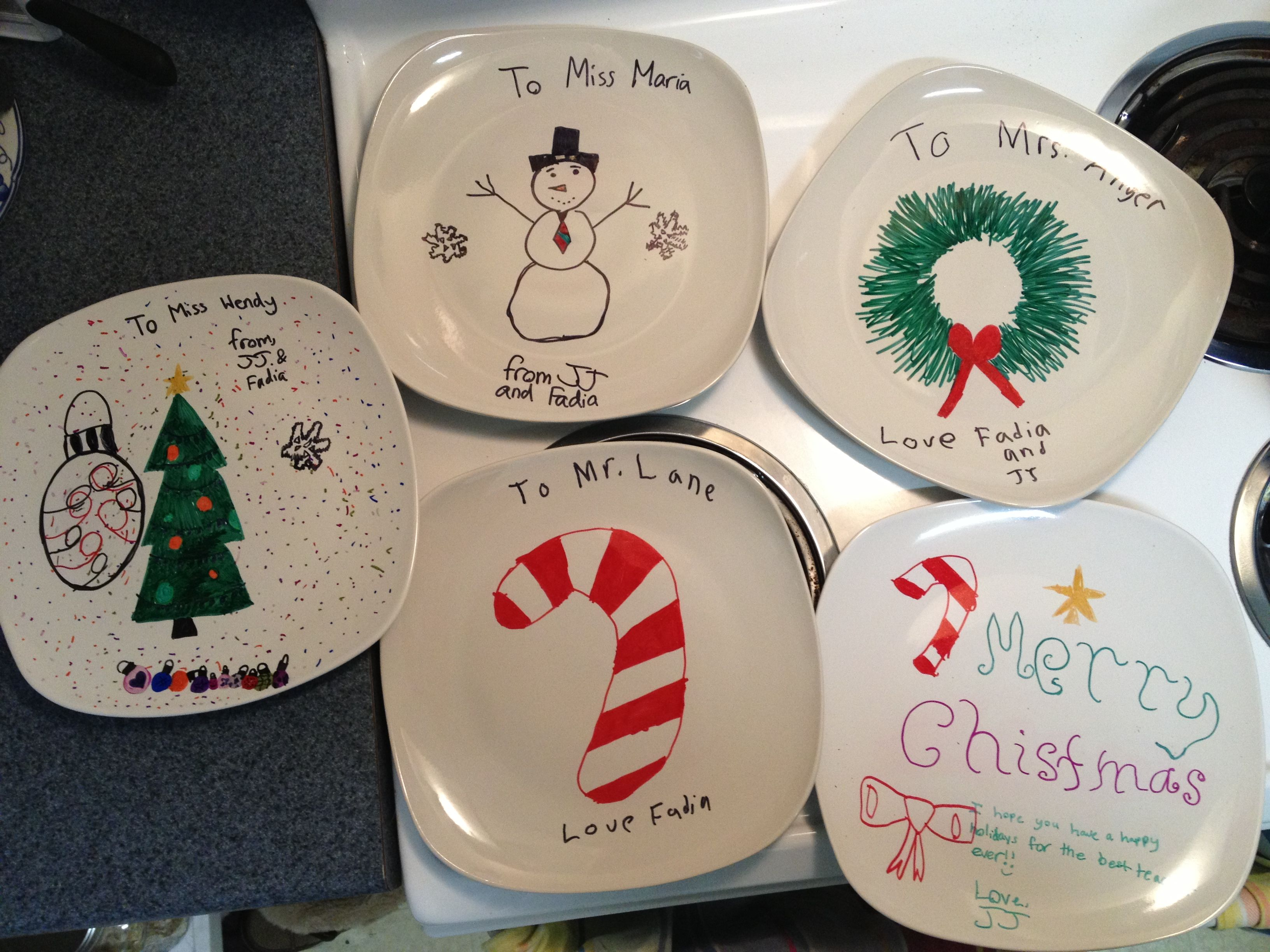 Use Sharpies To Draw On Dollar Store Plates Preheat The Oven To