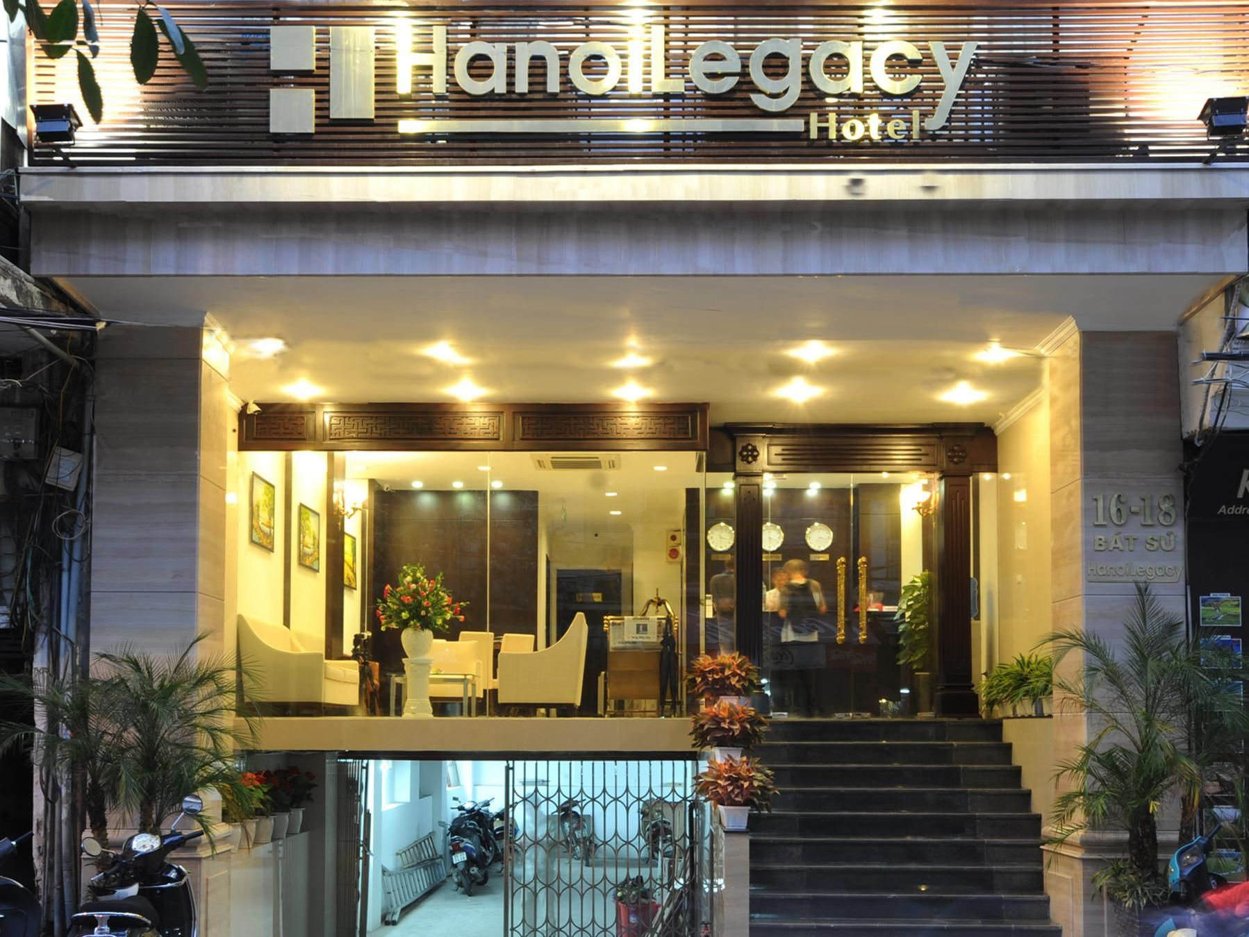 Hanoi Hanoi Legacy Hotel - Bat Su Vietnam, Asia Hanoi Legacy Hotel - Bat Su is conveniently located in the popular Old Quarter area. The hotel offers guests a range of services and amenities designed to provide comfort and convenience. Free Wi-Fi in all rooms, 24-hour room service, facilities for disabled guests, Wi-Fi in public areas, valet parking are just some of the facilities on offer. Television LCD/plasma screen, internet access – wireless, internet access – wireless (c...