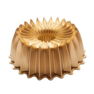 Nordic Ware Premier Gold Brilliant Bundt Pan In Gold Bed Bath Beyond Nordic Ware Bundt Bundt Pan
