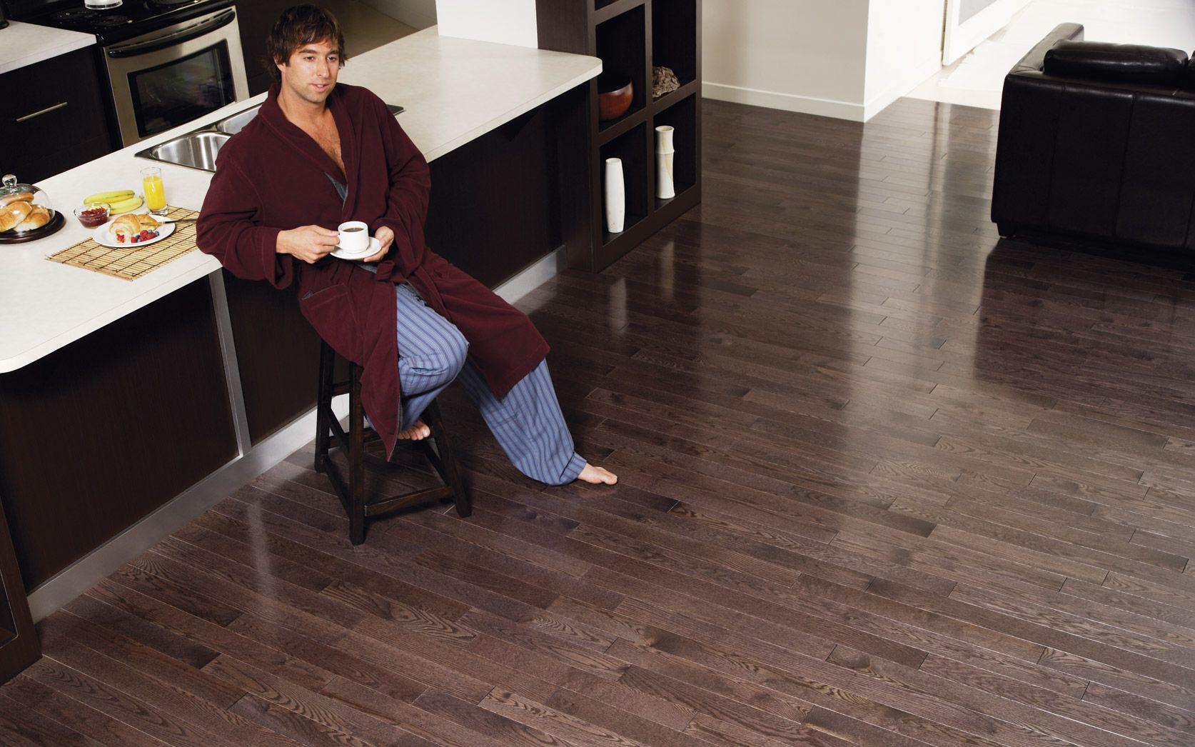 Kitchen Prefinished hardwood flooring Plancher de bois franc pré verni Red Oak Design  # Plancher Bois Franc