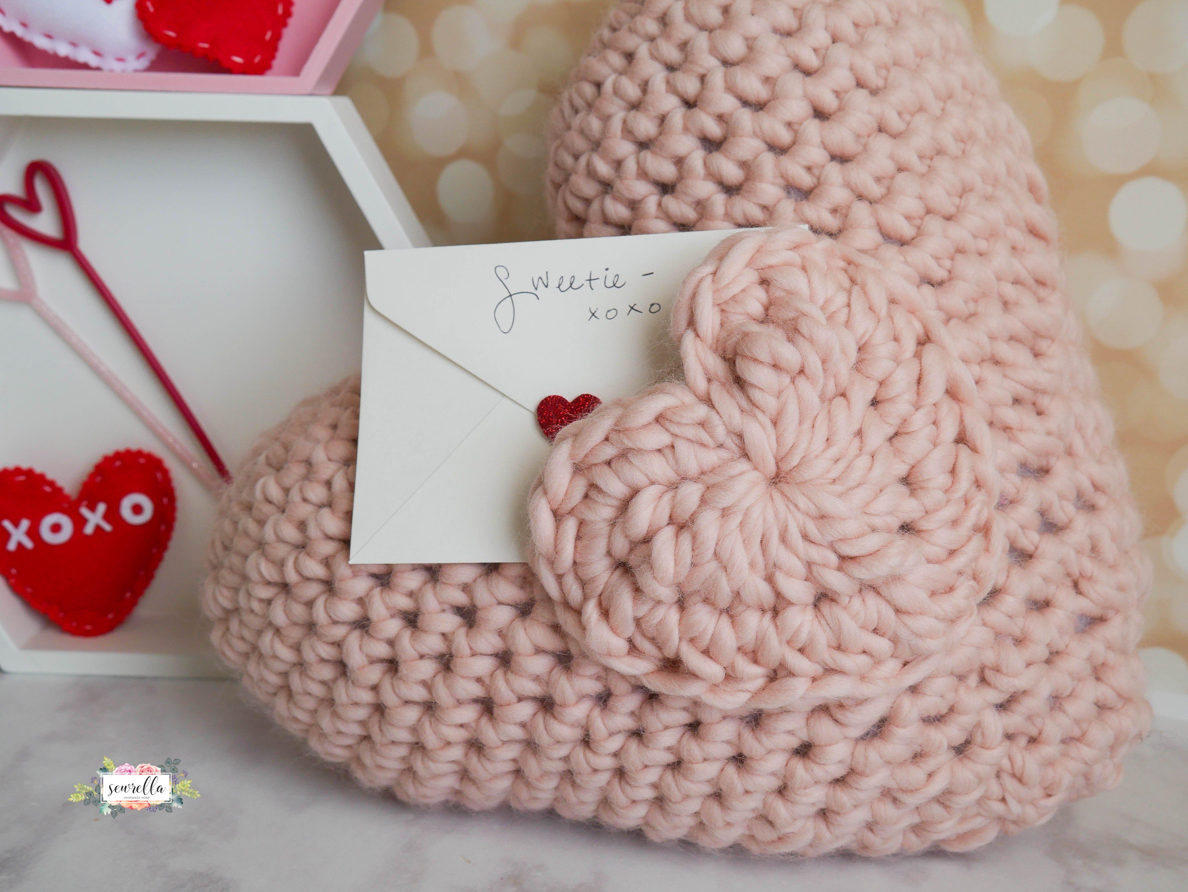 Love Note Crochet Pocket Pillow | Pillows, Note and Crochet