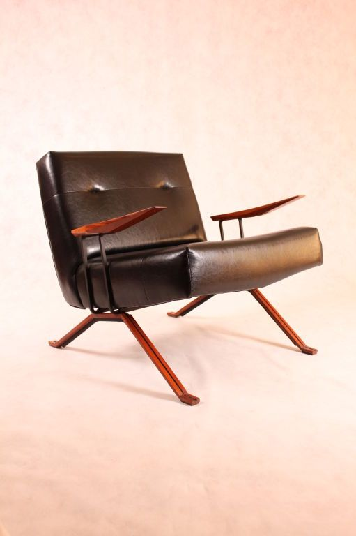 Percival Lafer; Wood, Leather and Enameled Metal Armchair for Lafer MP, 1950s.