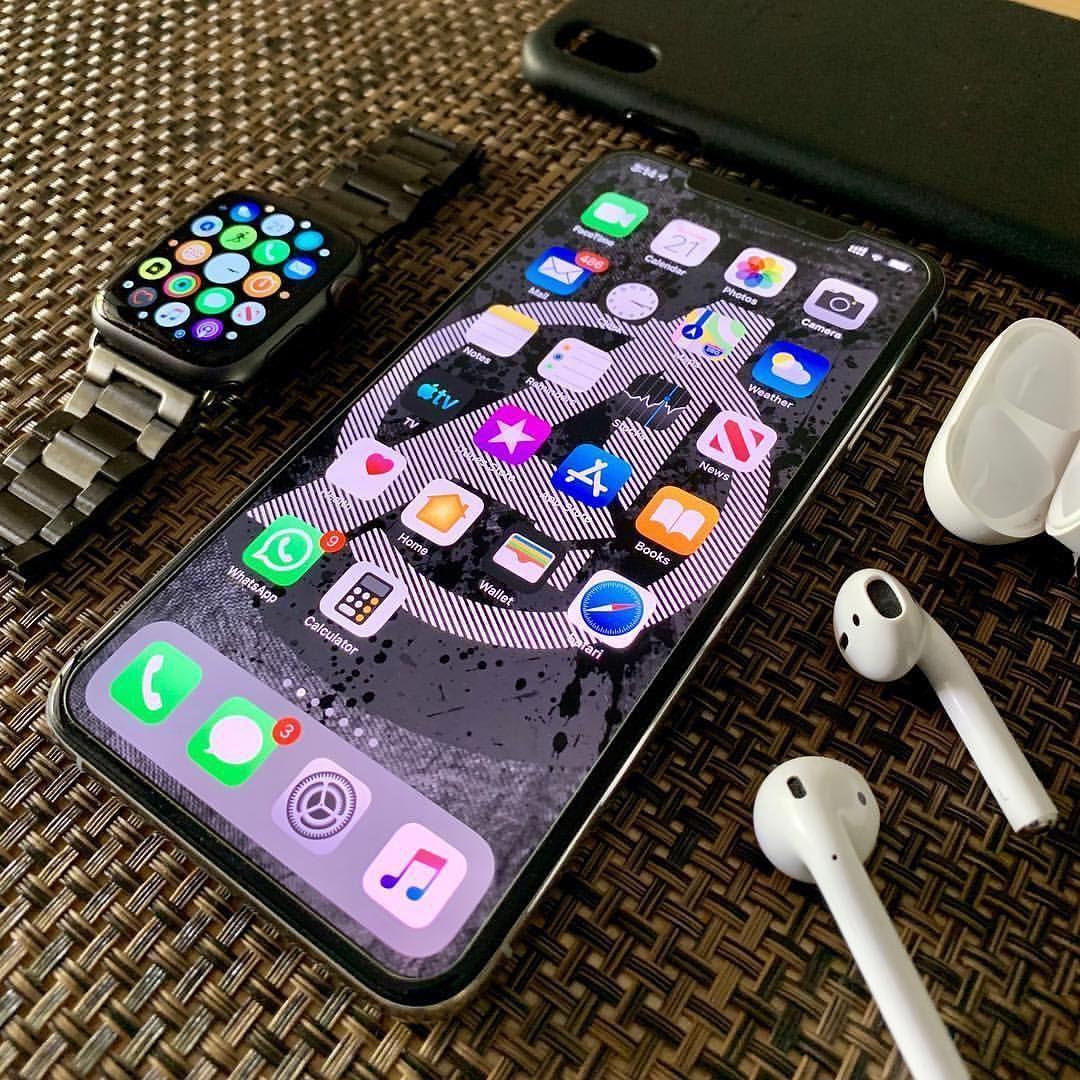 Samsung Folding Phone Foldable Phone Iphone Xr Red Iphone Xs Plus Apple Iphone 8 Plus Samsung S5 Iphone Apple Iphone Accessories Apple Phone Case Iphone Phone