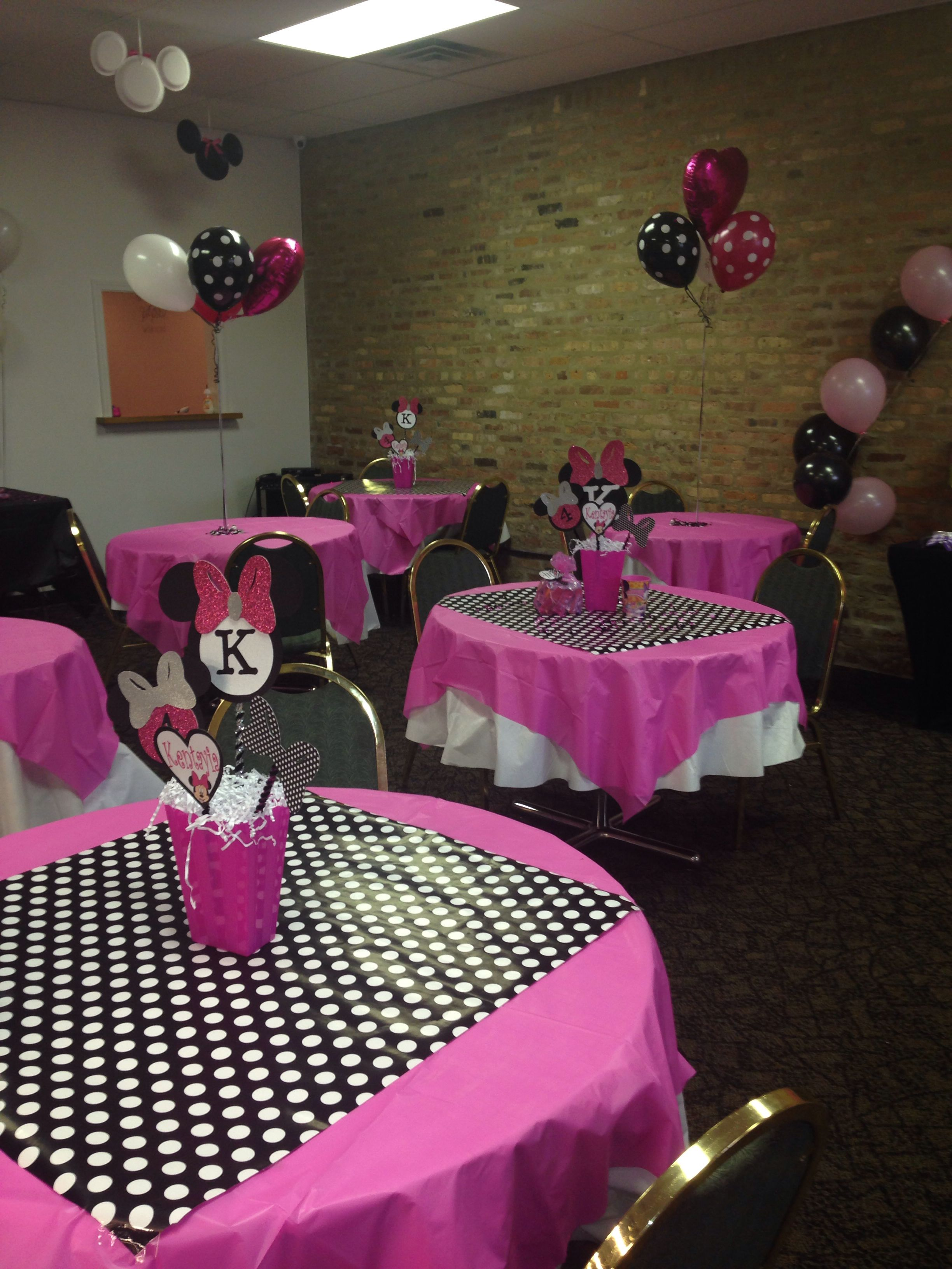 minnie mouse party decorations minnie mouse party in 2019 minnie rh pinterest com Minnie Mouse Centerpieces Unique Minnie Mouse Centerpieces Homemade