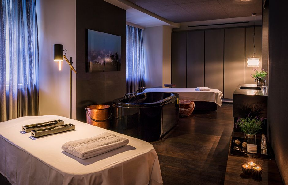 At Das Stue Hotel In Berlin You Can Spy On Ostriches From The Bar Have A Meal Restaurant Unwind Spa And Reach All Of Berlinâ S Best Bits