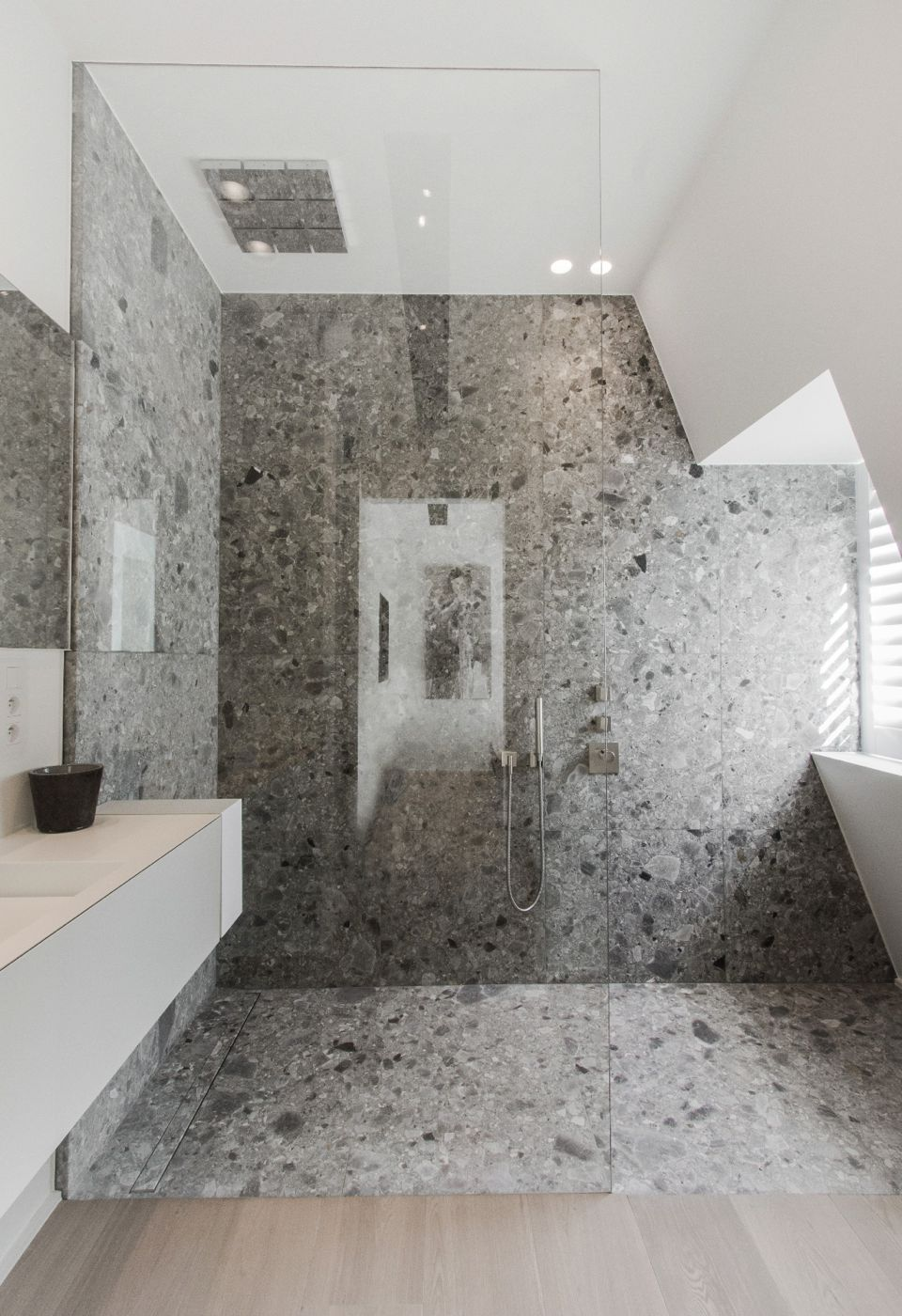 Badezimmer Scheibe Contekst Live Penthouse V Ceppo Di Gre A Natural Stone
