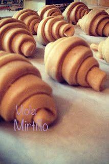 ViolaMirtillo: Veg Brioches con pasta madre