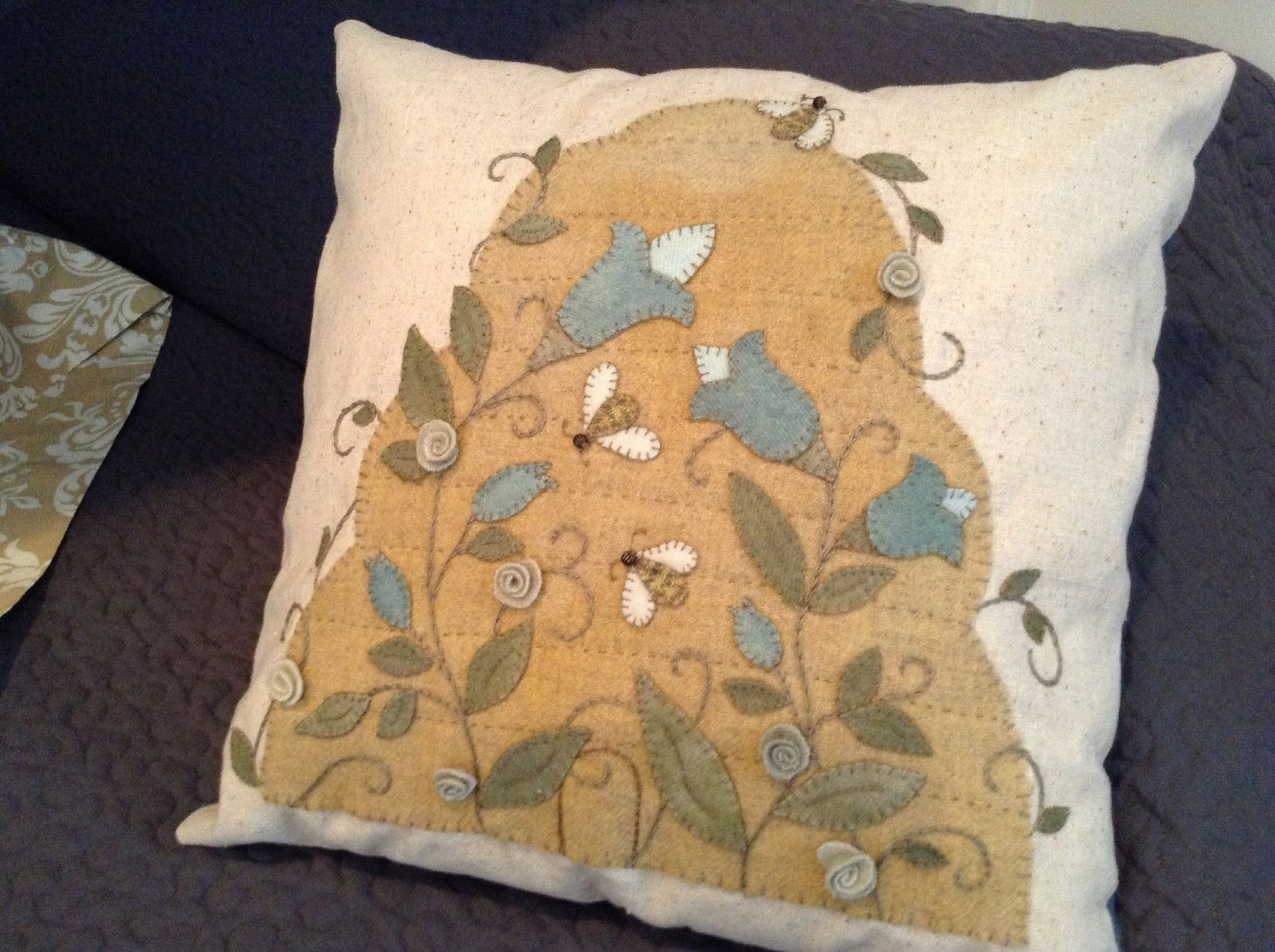 Pin by joy brooks on woolies applique