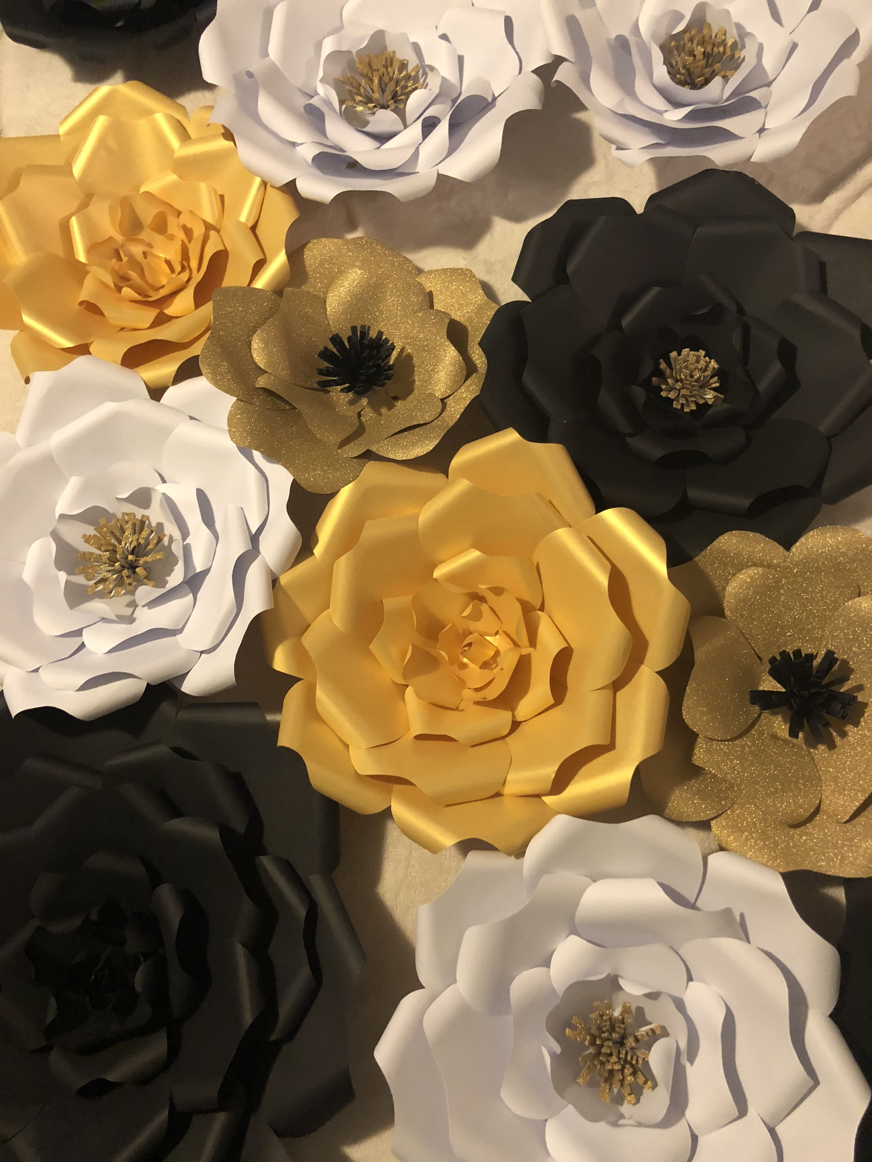 Gold And Black Paper Flowers Paper Flowers Diy Flowers Black Paper