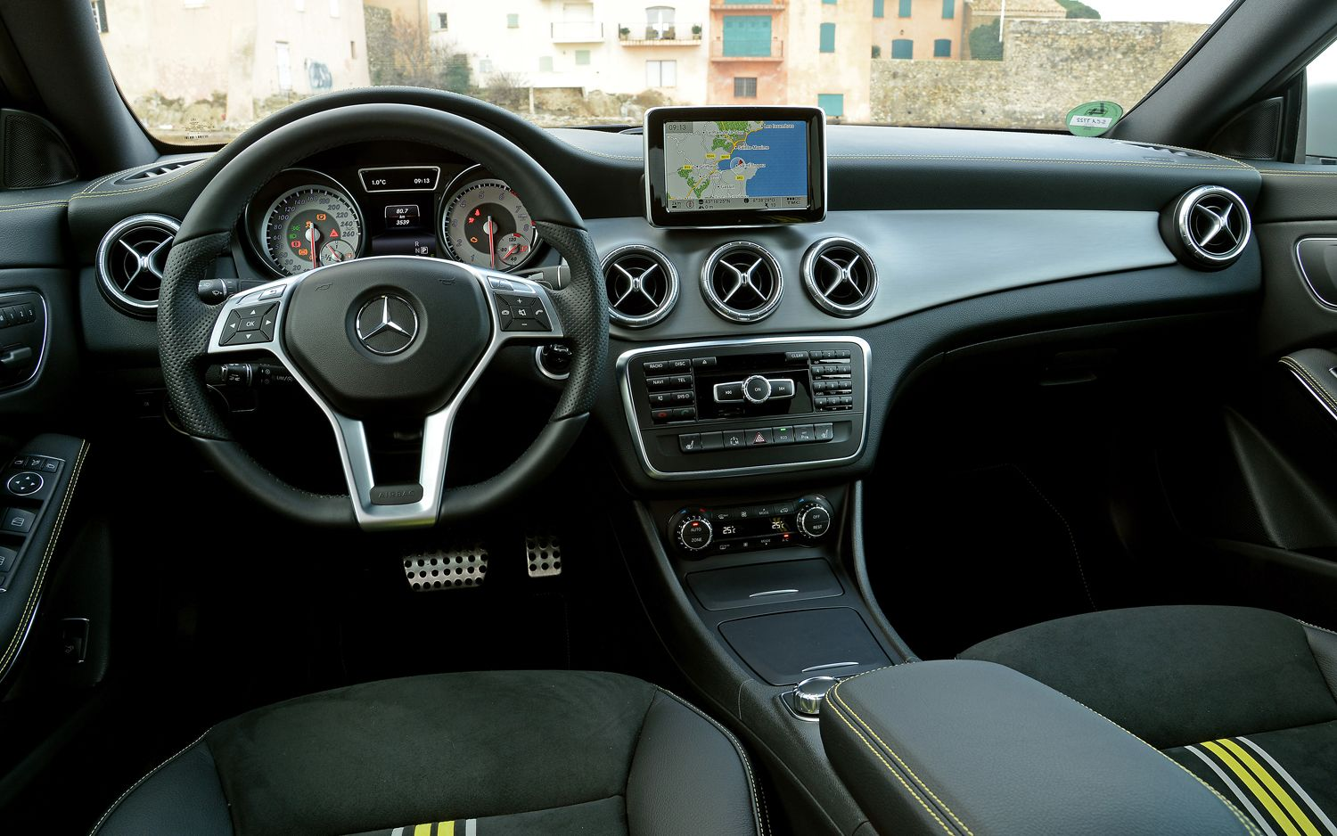 Miraculous 2014 Mercedes Benz Cla250 First Drive L U X U R Y Download Free Architecture Designs Scobabritishbridgeorg