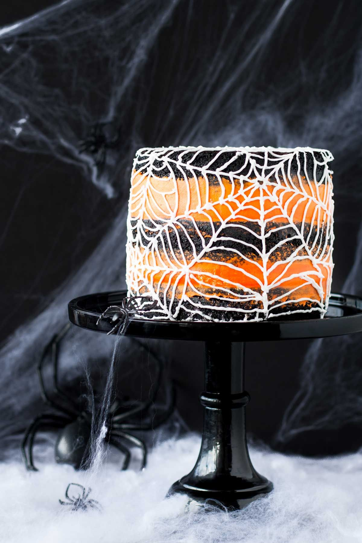 This spiderweb cake is perfect for Halloween! A rich black cocoa - Halloween Cake Decorating Ideas