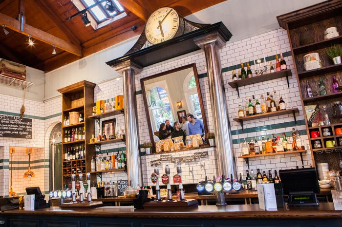 Tap On The Line (#Richmond) #pub #interior #design #diseño #interiores de #bares