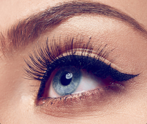 Different types of false lashes to make your eyes