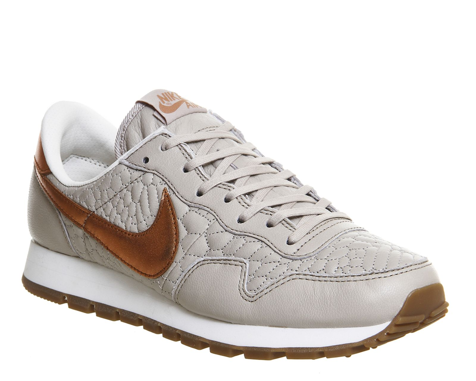 nike ladies pegasus trainers