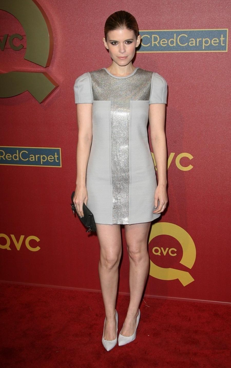 37148ea3e6e7 Kate Mara de House of Cards à la soirée QVC Red Carpet Style en ...
