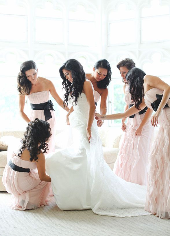 10 Impossibly Cute Bridesmaid Photo Ideas Your Crew Has To Try - Wilkie Blog!