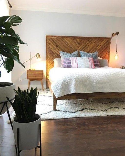 Alexa Reclaimed Wood Bed Apartment Decor Interior Design Bedroom Small Bedroom Design
