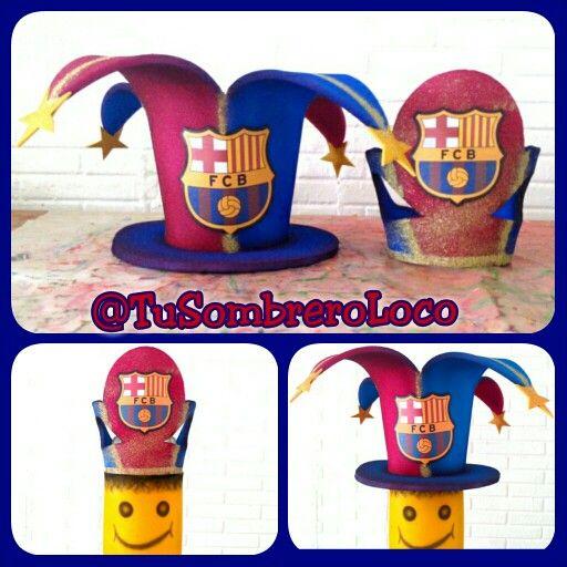 dd804bf3f26cd Listos el sombrero Arlequín y la corona para unos novios fanáticos del  Barcelona FC  boda  horaloca  fiesta  evento  fútbol  España