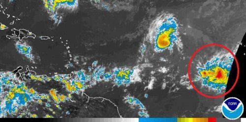 [POR SI TE LO PERDISTE] Vigilan nueva onda tropical con...