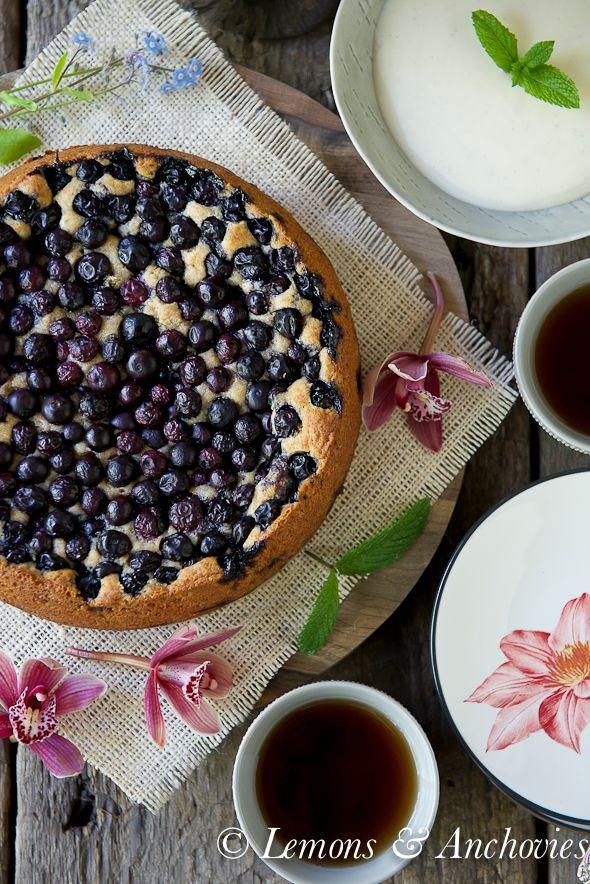 Berry sour cream cake recipe