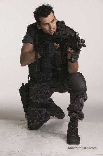 Oded Fehr As Carlos Oliveira In Resident Evil Apocalypse
