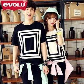 Buy 'Evolu – Print Couple T-Shirt' with Free International Shipping at YesStyle.com. Browse and shop for thousands of Asian fashion items from China and more!