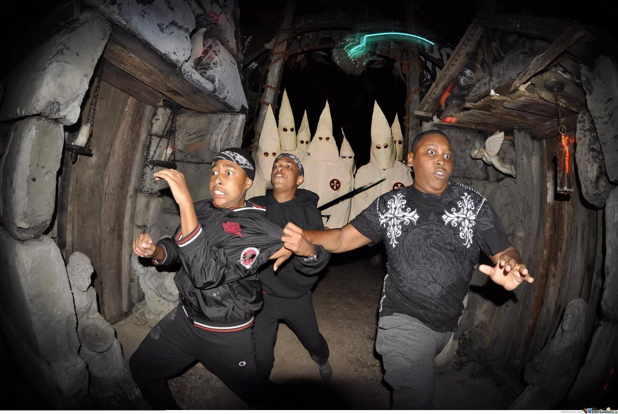 Scariest Haunted House Ever Haunted House Halloween Funny Scary Haunted House