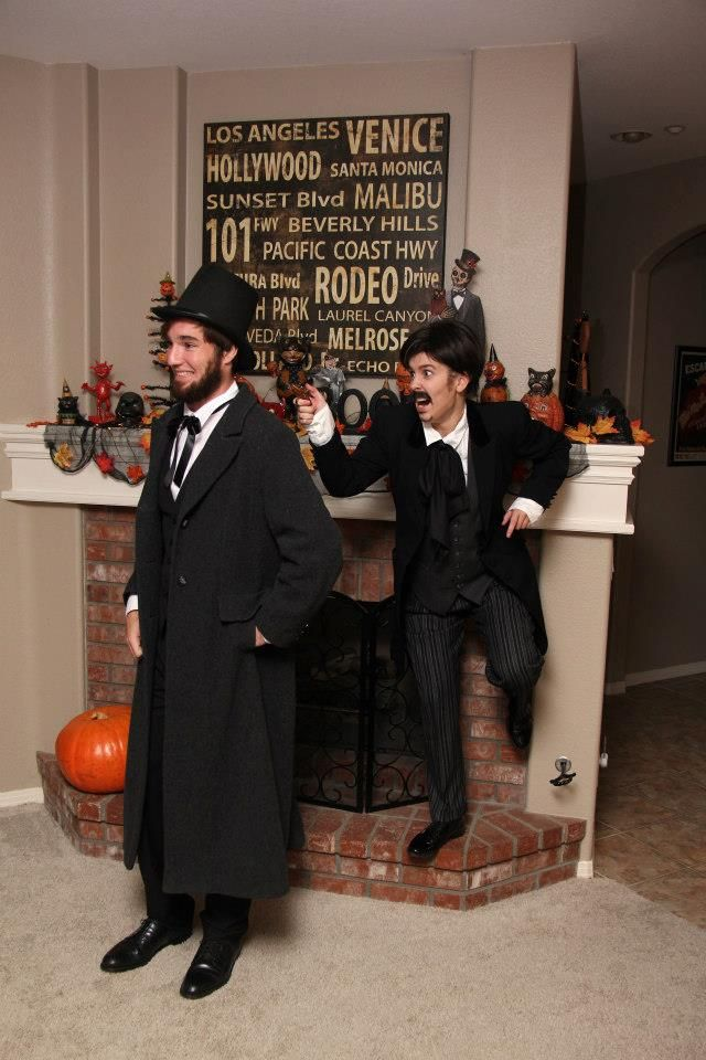 Abraham Lincoln and John Wilkes Booth - Couples Costume