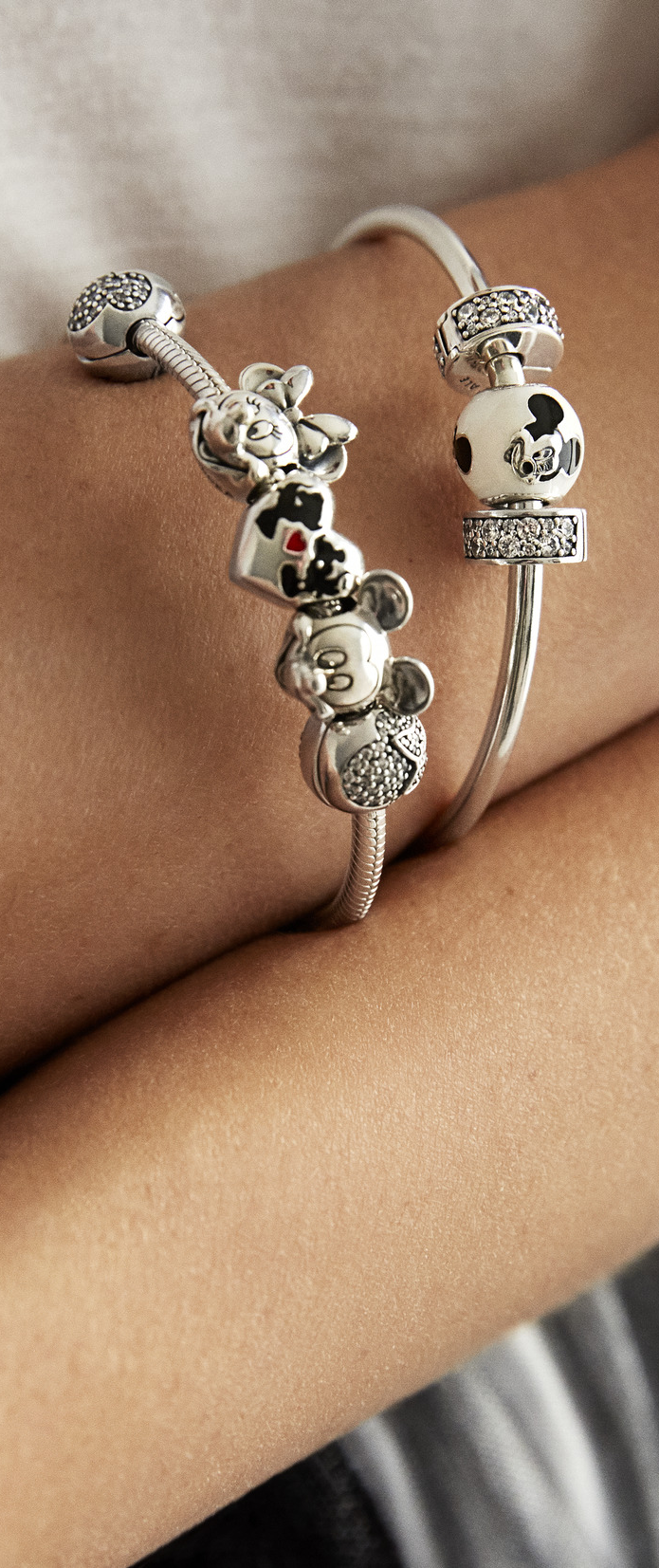 Hereus to the longawaited premiere of the pandora disney collection