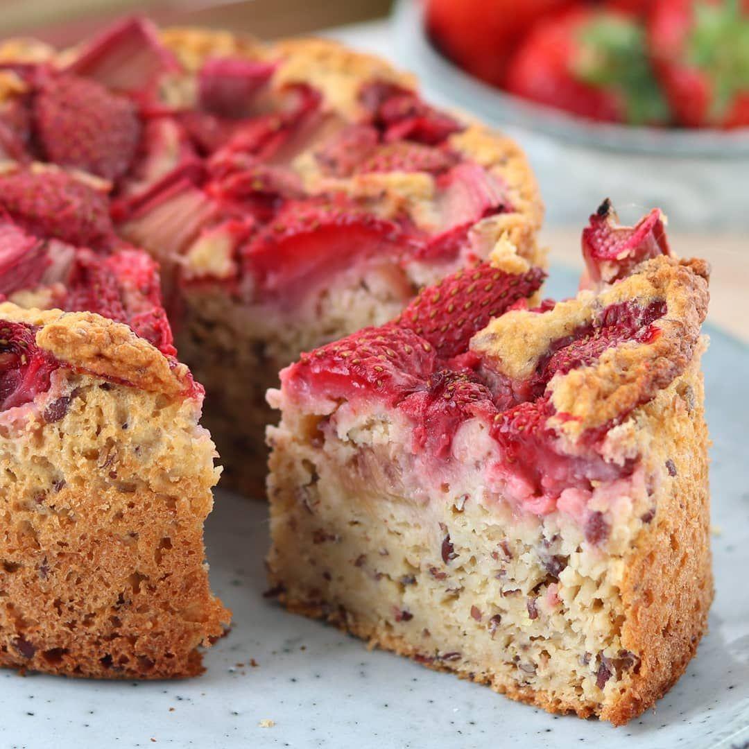 Erdbeer Rhabarber Pie Panosundaki Pin
