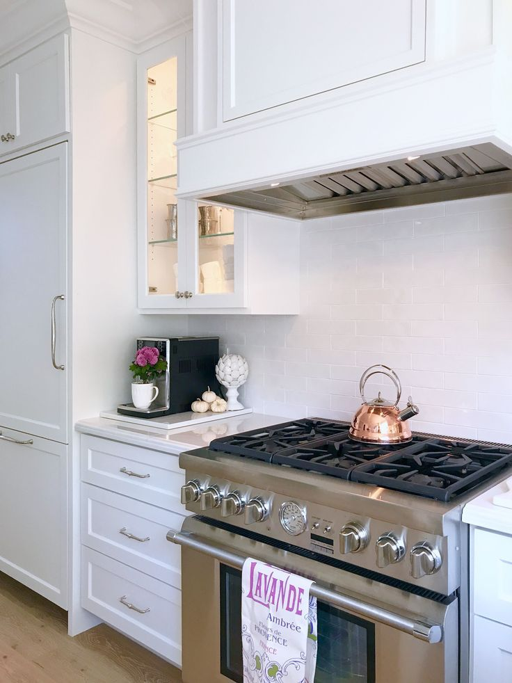 the heart of my kitchen how i decorate my kitchen for the holidays with homegoods sponsored