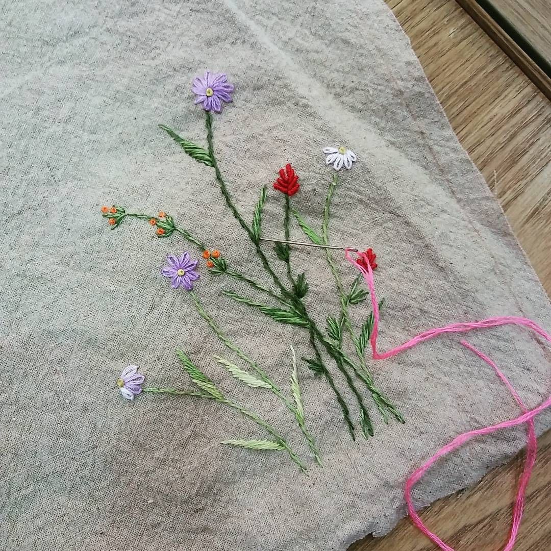 #embroidery#stitch#needlework  #프랑스자수#일산프랑스자수#자수 #구김이 자연스런 워싱린넨~