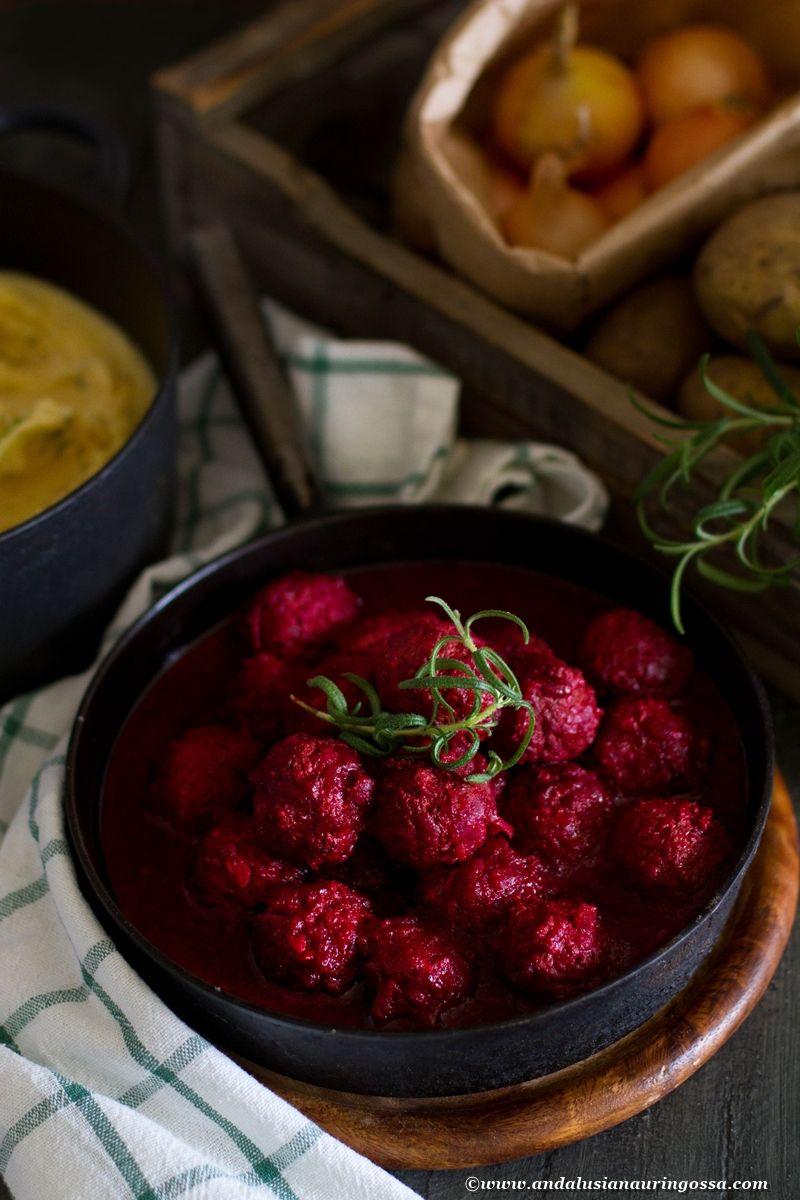 Lindströmin yrttiset lihapullat punajuurikastikkeessa (gluteeniton)