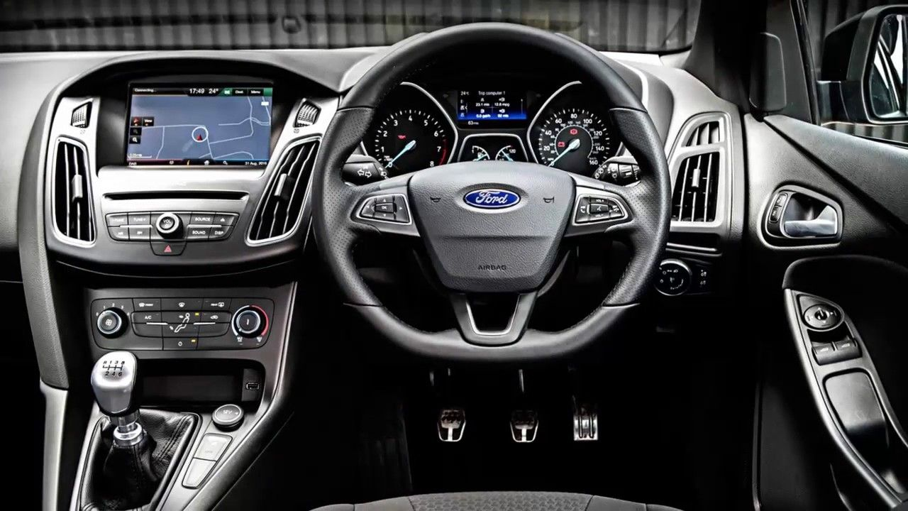 Review ford focus st line 2017 a powerful engine for a trip