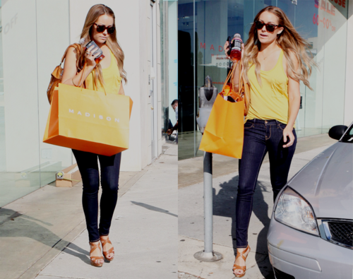 I want those shoes!!!  I love her style - LC