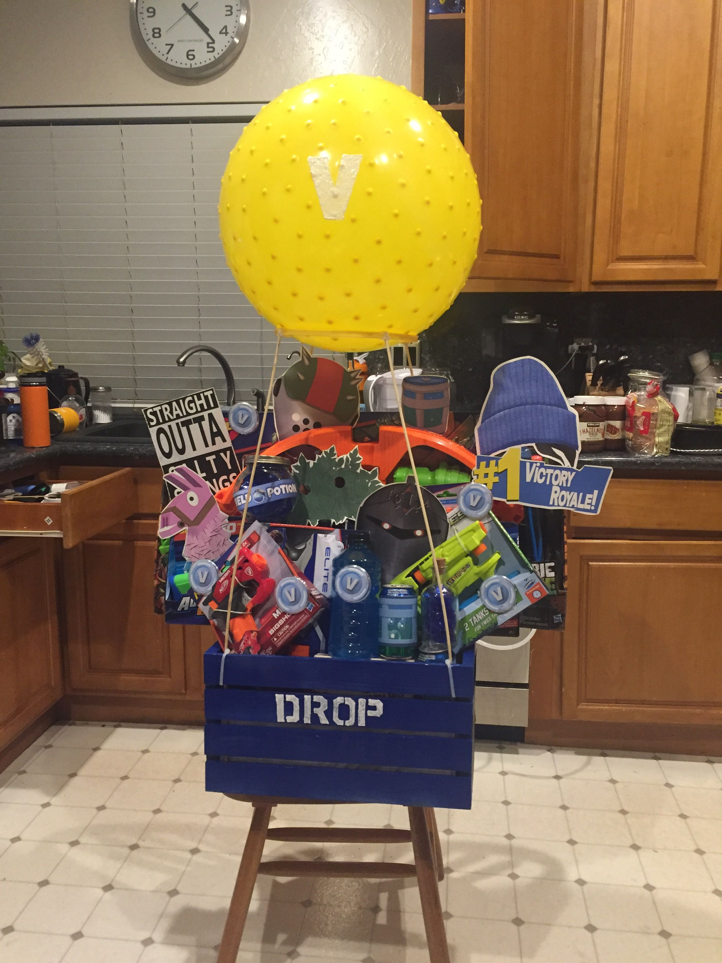 Fortnite Loot Drop Raffle Basket 2018 | Party Time | 10th