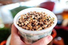 hoppin' john a la pioneer woman! Thanks Ree!!!!! http://thepioneerwoman.com/cooking/2011/12/hoppin-john/